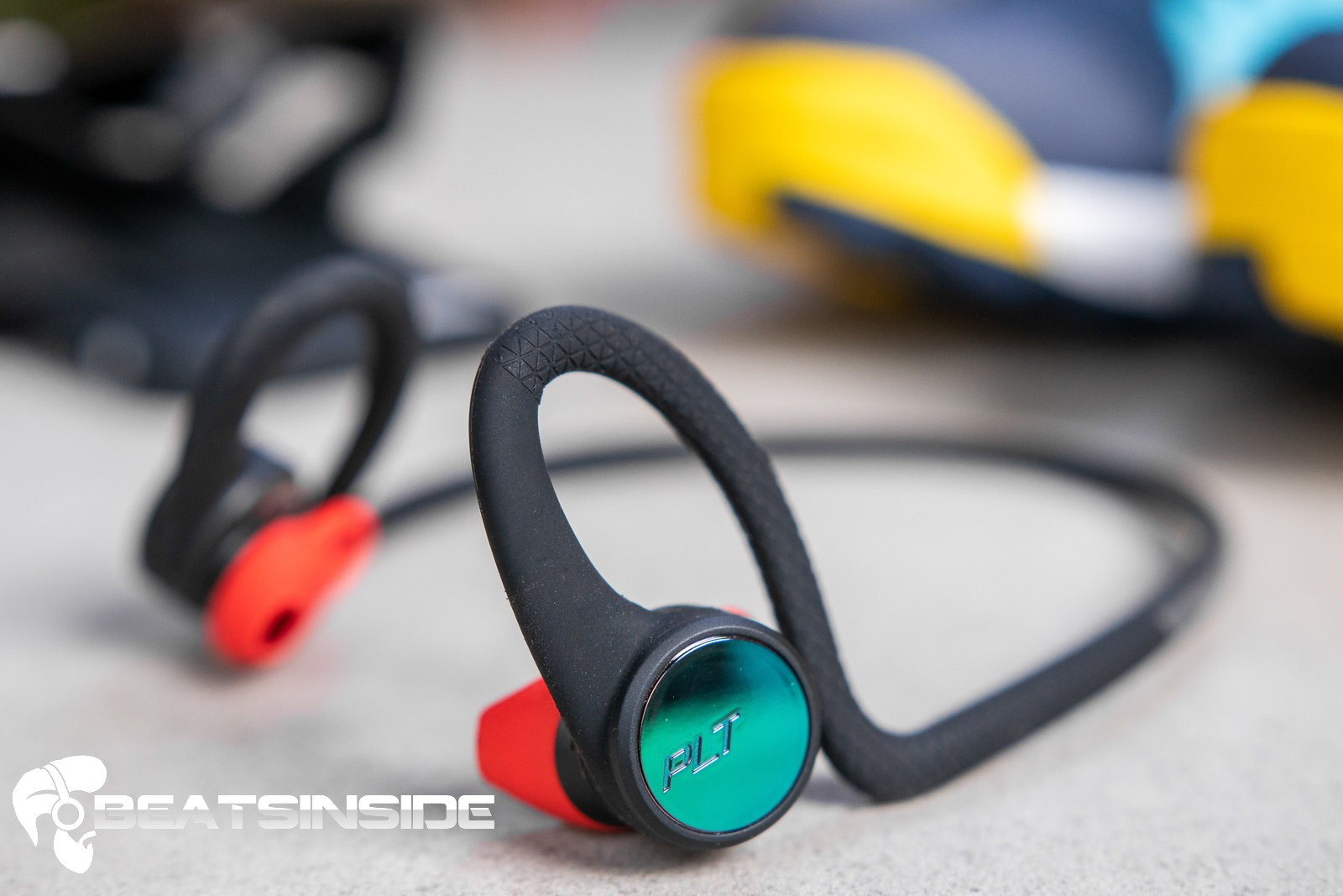 are bluetooth headsets safe to use (1)