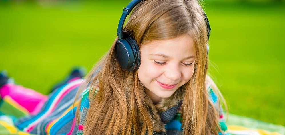 Headphones For Kids – All That You Should Know – Guide