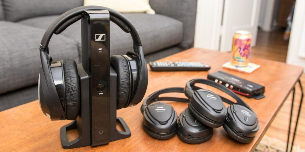 Top 10 Best Wireless Headphones for TV in 2019 – Reviews and Buyer's Guide