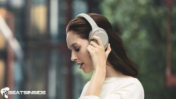 headphones beeping