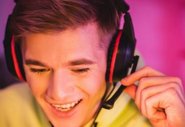 best gaming headset for big heads