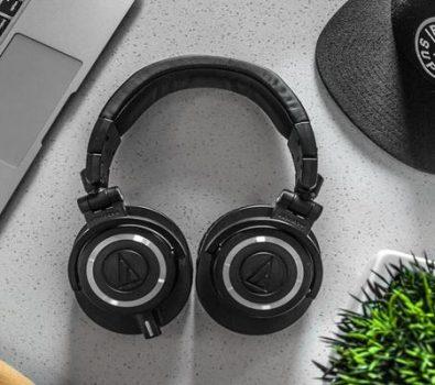 How to Change Language on Bluetooth Headphones
